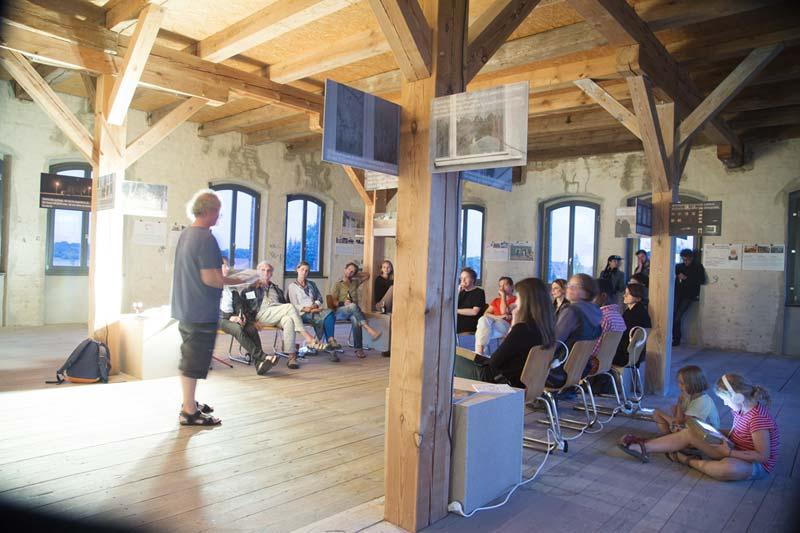 Michael Kurzwelly, Vortrag und Installation, Foto: Ute Lindner